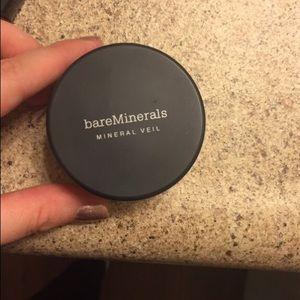 Bare minerals veil powder